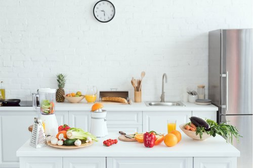 A Checklist of Other Kitchen Essentials Beside the Cookware.