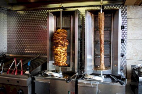 Before You Buy a Shawarma Machine Note These Things.